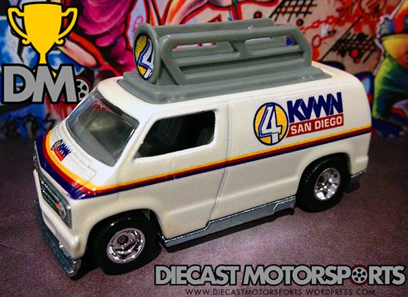 Custom 77 Dodge Van - 14 Entertainment copy