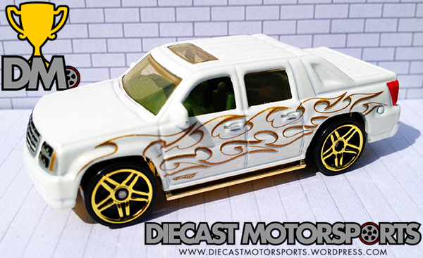 Cadillac Escalade EXT - 09 Holiday Hot Rods copy