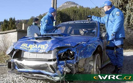 2003 Rallye Monte Carlo Subaru Impreza Solberg-Mills-7 WRECK2
