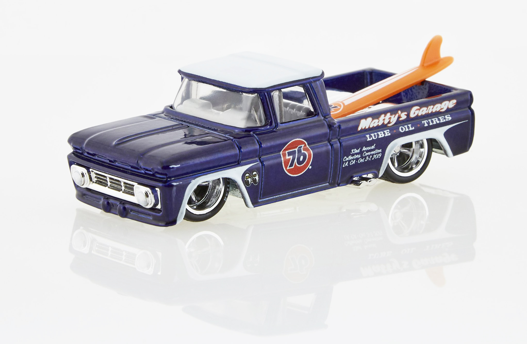 HOT WHEELS 2019 33rd ANNUAL COLLECTORS CONVENTION NISSAN SKYLINE /& 62 CHEVY